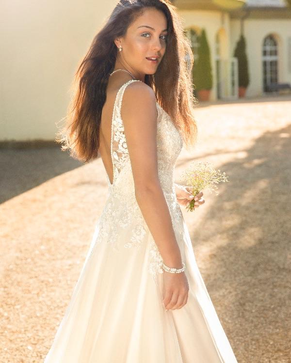 Spitze brautkleid softtüll Brautkleid tiefer